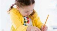 Як навчити дитину писати літери