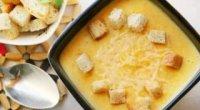 Смачна і ніжна перша страва: вчимося готувати суп з плавлених сирків