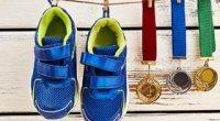 Як швидко висушити кросівки та інше взуття після дощу без сушарки