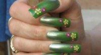 Зелені нігті: як зробити гарний манікюр