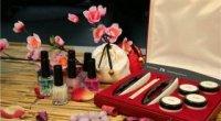 Як зробити японський манікюр