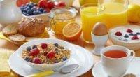 Білковий сніданок – користь для організму
