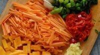 Рецепт приготування легкого салату на вечерю в домашніх умовах