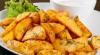 Картопля в духовці у фользі з м'ясом і рибою