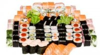 Чим суші відрізняються від ролів? Що смачніше?