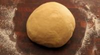 Прісне тісто для пиріжків в духовці