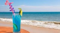 Коктейль «Блакитна лагуна»: рецепт для домашньої вечірки