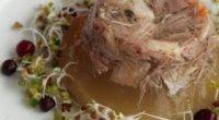 Калорійність холодцю з яловичини, свинини, курки – користь і шкода