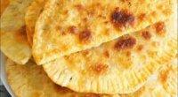 Смачне тісто для чебуреків: 9 покрокових рецептів