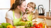 Захоплюючі обіди: як зацікавити дитину їсти правильно