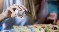 Чому хочеться солоного: причини виникнення такого бажання