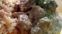 Яловичина, тушкована в сметані: рецепти з фото