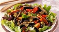 Як готувати теплий салат