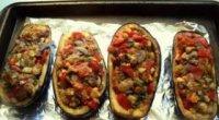 Запечені баклажани в духовці: рецепти з помідорами, сиром, м'ясом і грибами
