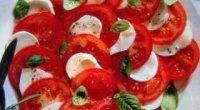 Рецепти приготування салату з адигейський сиром