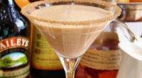 Рецепти коктейлів з «Бейлісом»: ідеальне поєднання смаків в одному келиху