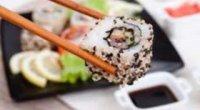 Худнемо зі смаком на японських закусках: суші для схуднення
