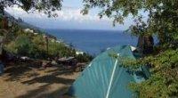 Відпочинок дикуном на Чорному морі: відпустка у наметі, побут та поради