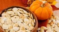 Як харчуватися після пологів, що їсти і чи можна годуючій мамі насіння
