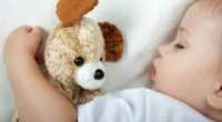 Порушення сну у дітей: чим викликано, які ознаки і як його лікувати?