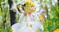Як відіпрати кульбабу з білого, чорного та кольорового одягу: перевірені засоби