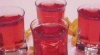 Як приготувати вино з компоту: легкий напій для дам