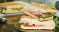 Гарячі, легкі і смачні бутерброди нашвидкуруч на сковорідці