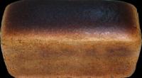 Скільки калорій в чорному хлібі – в 1 шматку, сухарях?
