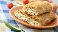 Вертута з вишнею, сиром і яблуками: рецепти молдавської кухні