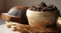 Маски для волосся з житнього хліба – їх приготування та правила нанесення
