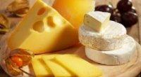 Смачна дієта: їмо сир і худнемо