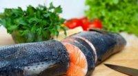 Як смажити рибу в борошні на сковороді?