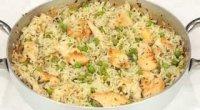 Рис з куркою на сковороді: рецепти приготування