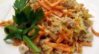 Салат з яловичиною та маринованими огірками: рецепти