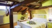 Будинок в стилі кантрі – натуральні матеріали і простота