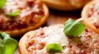 Як зробити міні-піцу: рецепти приготування в домашніх умовах