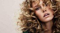 Як зробити волосся хвилястим?