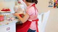 Як навчитися шити і кроїти одяг і штори самостійно