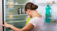 Як прибрати запах з холодильника: корисні поради