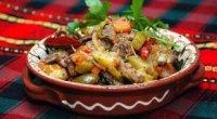 Рецепт азу з свинини з солоними огірками
