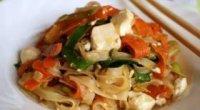 Швидко і смачно: пікантні азіатські страви з рисової локшини