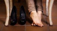 Пітніють ноги у взутті, що робити: причини пітливості і методи лікування