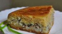 Як приготувати пиріг з сайрою, рисом і цибулею в духовці?