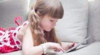 Як вибрати смартфон для дитини 7 років: на що звернути увагу?