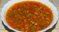 Ідеальна страва для щільного обіду – рецепти квасоляного супу