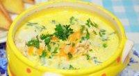 Рецепт сирного супу плавленим сиром з куркою і грибами або печерицями