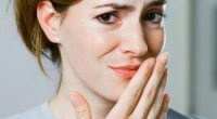 Неприємний присмак у роті: причини і супутні симптоми