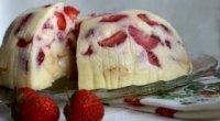Торт без випічки з фруктами з желатином