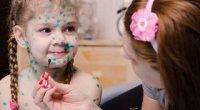 Чим відмити зеленку з шкіри, нігтів, волосся: засоби для дітей і дорослих