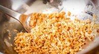 Чим замінити панірувальні сухарі
